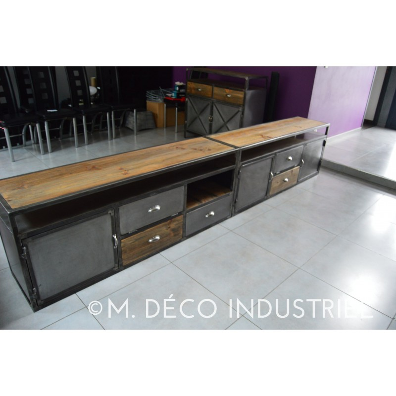meuble tv industriel m tal et bois massif 3 portes acier m d co industriel. Black Bedroom Furniture Sets. Home Design Ideas