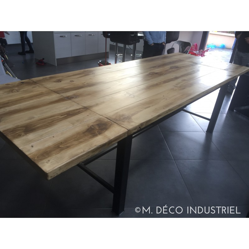 meuble industriel table de salle manger avec tiroir et 2 rallonges m d co industriel. Black Bedroom Furniture Sets. Home Design Ideas
