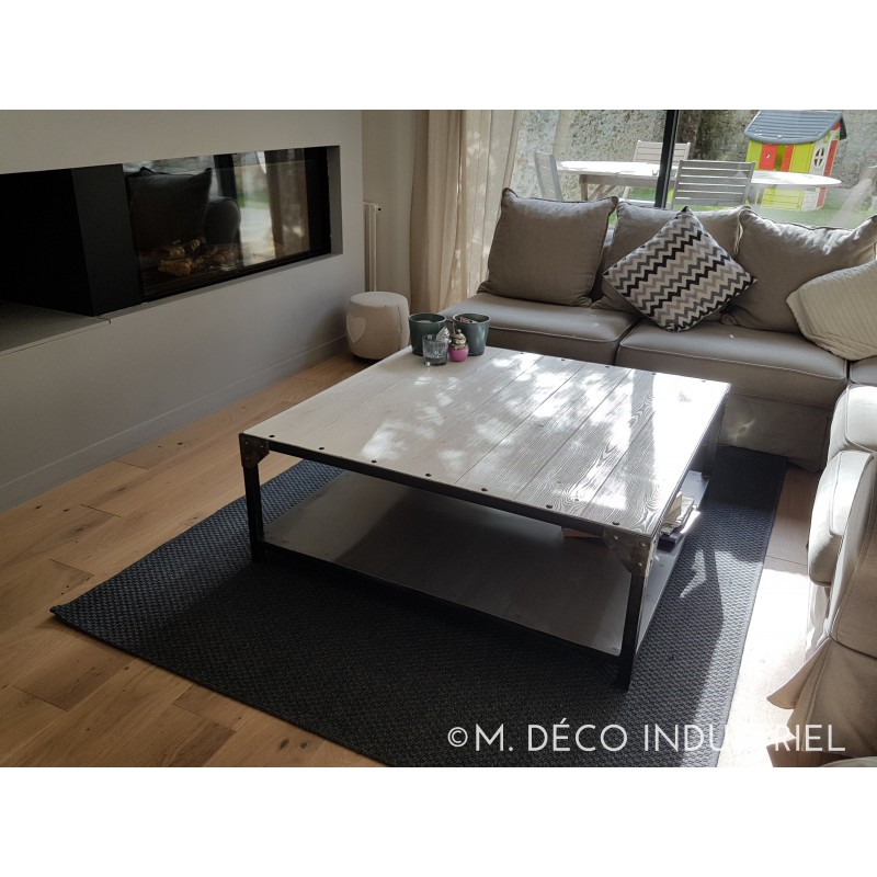 meuble industriel table basse acier et bois blanchi m d co industriel. Black Bedroom Furniture Sets. Home Design Ideas