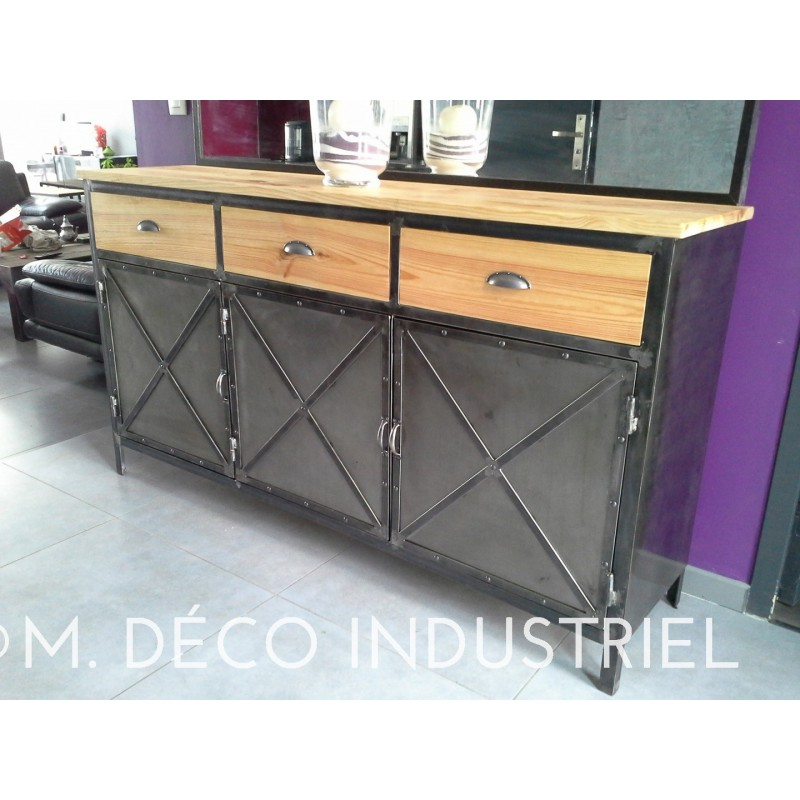 buffet industriel 3 portes acier et bois massif dor m d co industriel. Black Bedroom Furniture Sets. Home Design Ideas