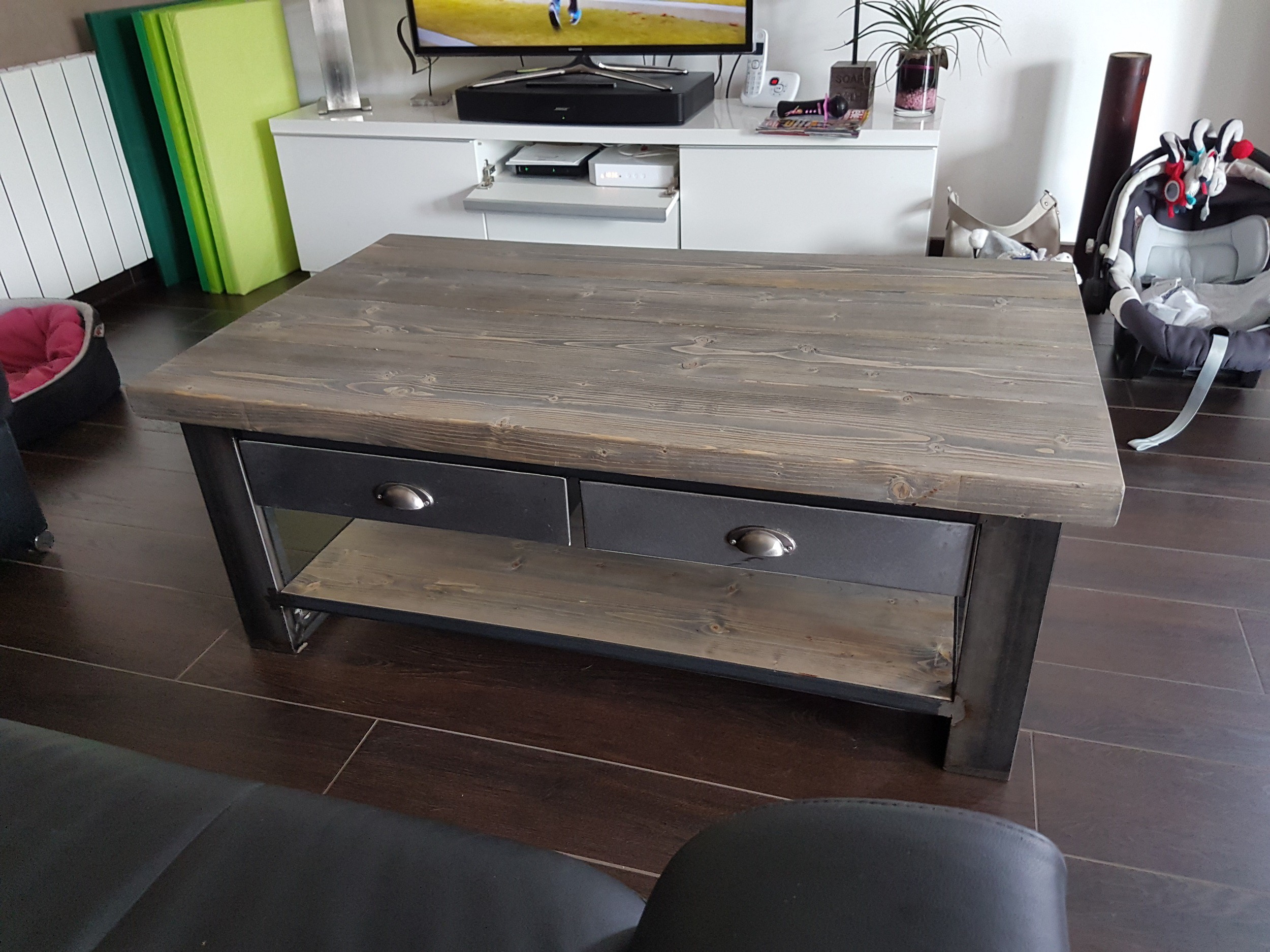 Table Basse Bois Metal Industriel Table Basse Sur Roulettes En M  # Grande Table Basse Carre Indus