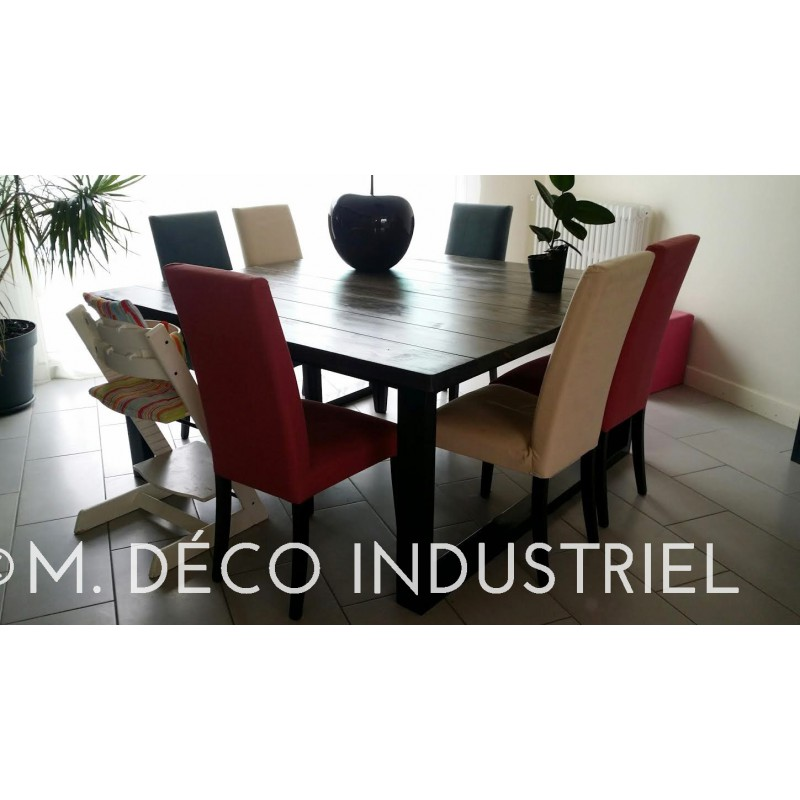 Table de salle a manger style industriel for Table salle a manger massif