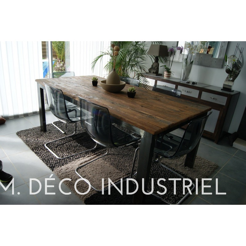 table de salle manger industriel 4 pieds acier m d co industriel. Black Bedroom Furniture Sets. Home Design Ideas