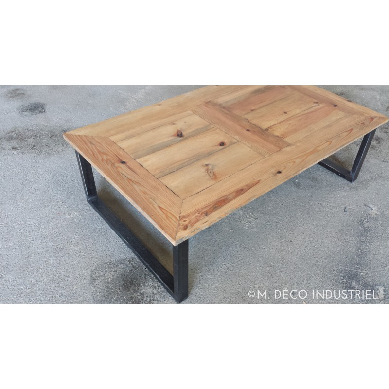 Table basse en bois belgique for Table bois fer industriel