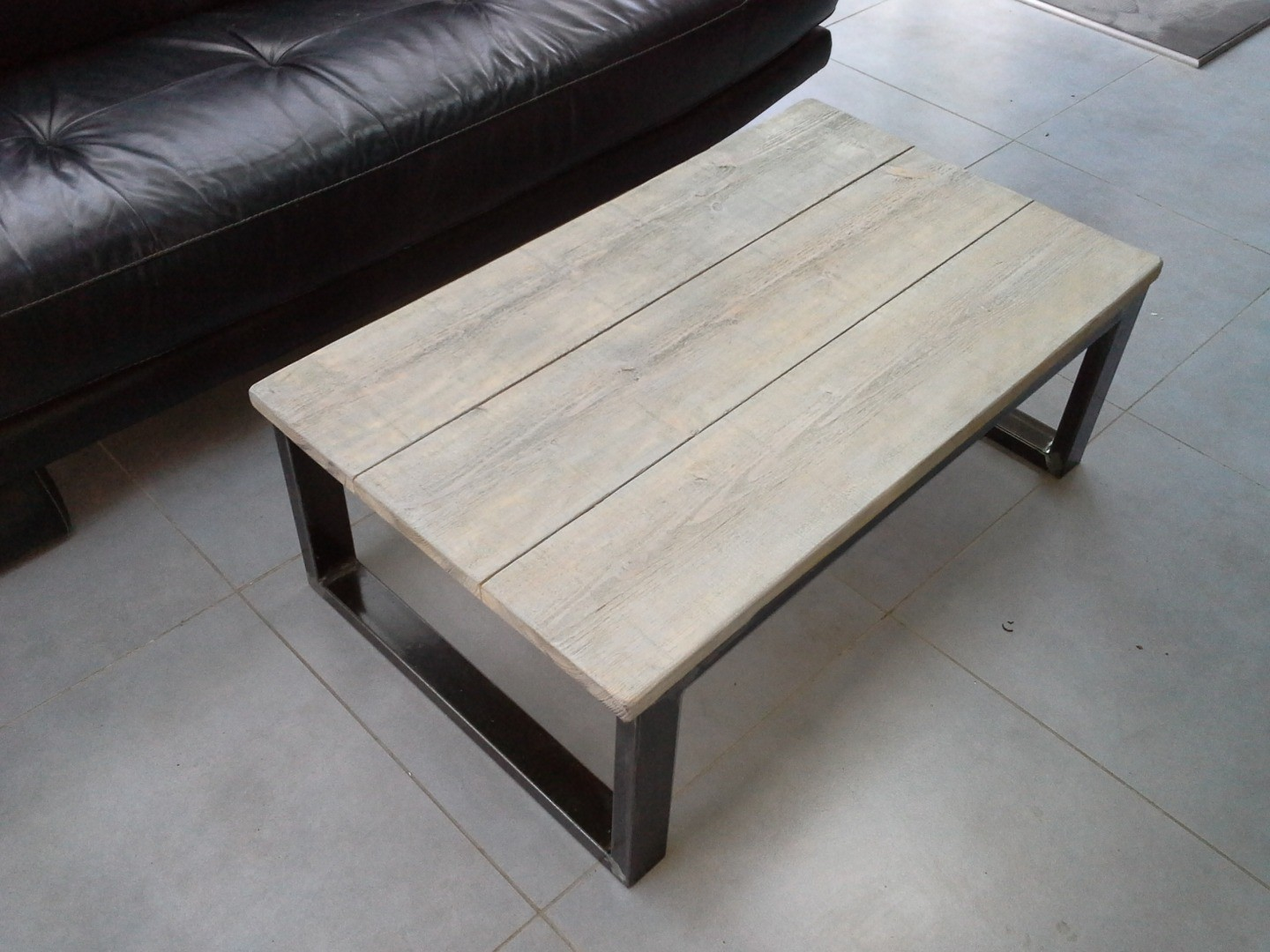 Table de salon industriel - Table basse design industriel ...