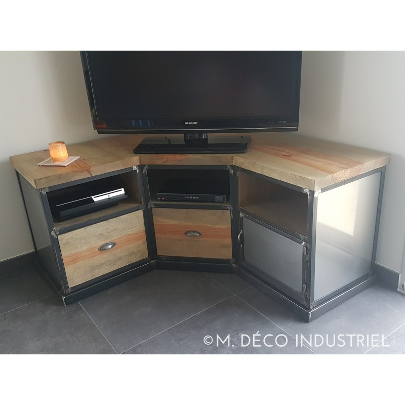 meuble tv d 39 angle industriel en acier et pin massif. Black Bedroom Furniture Sets. Home Design Ideas