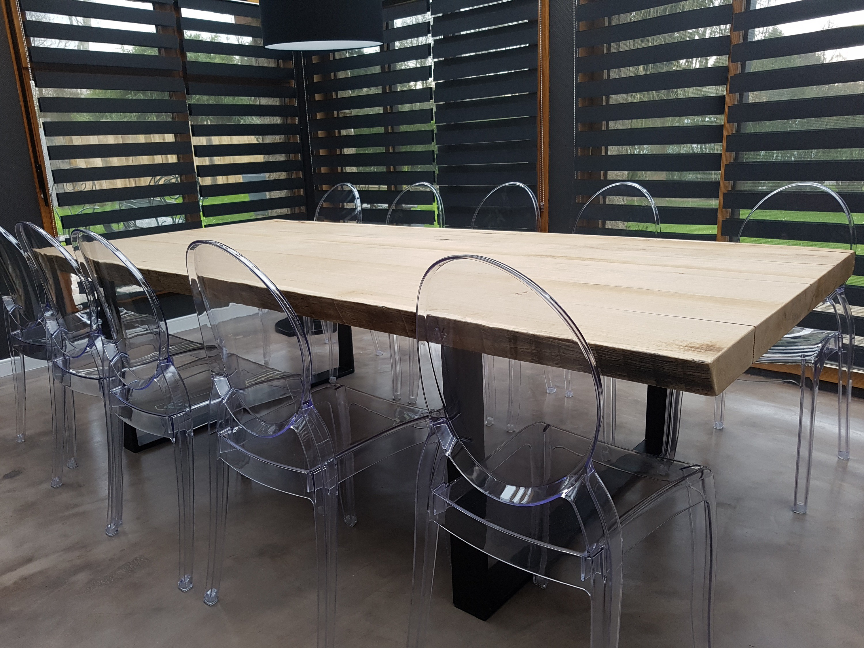 Awesome table salle a manger style atelier photos for Table a manger style industriel