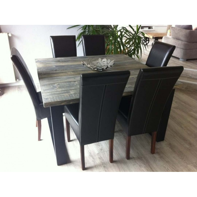 Table de salle a manger style industriel for Table salle a manger carree