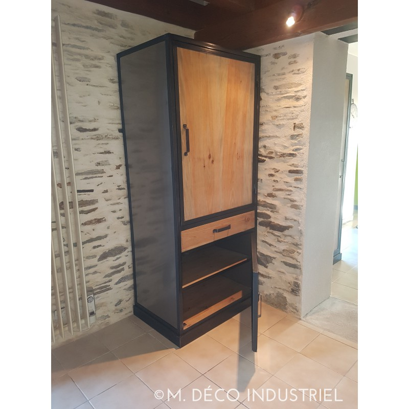 armoire de style industriel 2 portes 1 tiroir m d co. Black Bedroom Furniture Sets. Home Design Ideas