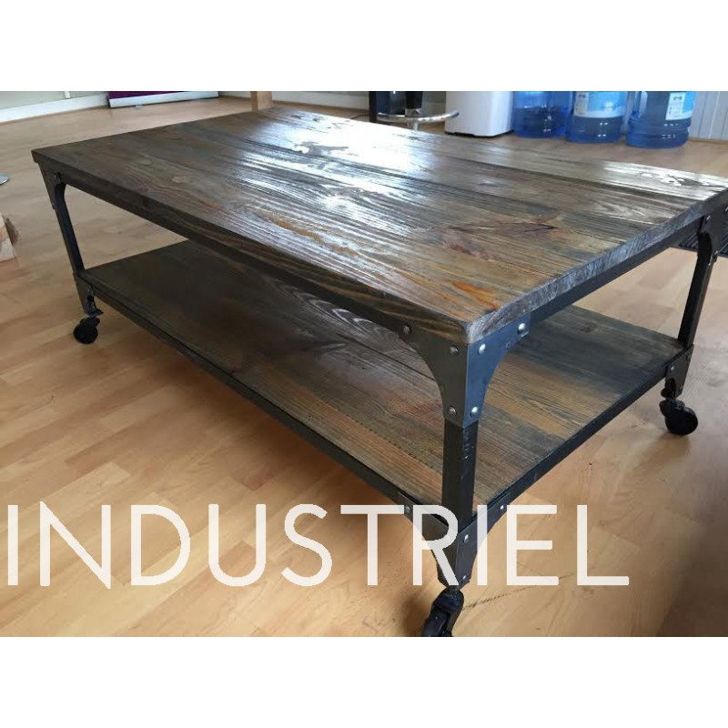 Meuble industriel table basse m d co industriel for Meuble table basse