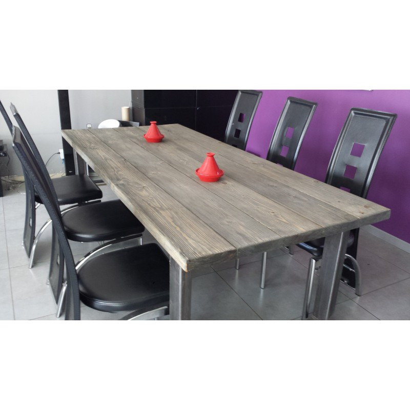Table de salle a manger grise maison design for Table salle a manger grise