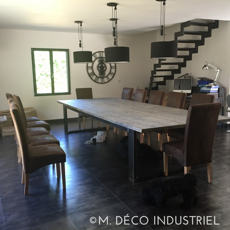 meuble industriel table de salle a manger bois et acier m d co industriel. Black Bedroom Furniture Sets. Home Design Ideas