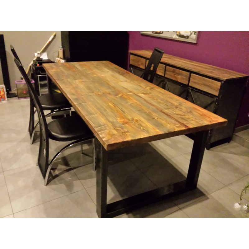 table de salle a manger industriel pied en acier plateau en sapin dor m d co industriel. Black Bedroom Furniture Sets. Home Design Ideas
