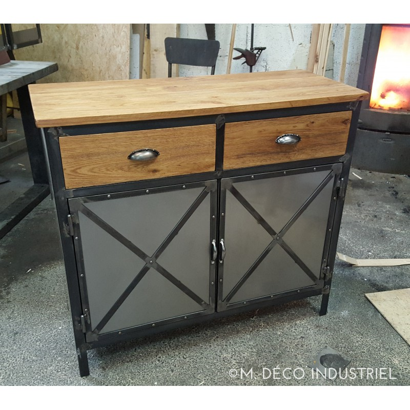 meuble industriel buffet 2 portes plateau en ch ne massif m d co industriel. Black Bedroom Furniture Sets. Home Design Ideas