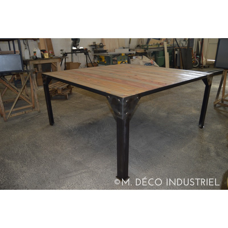 Meuble industriel table de salle a manger m d co industriel for Table salle manger art deco