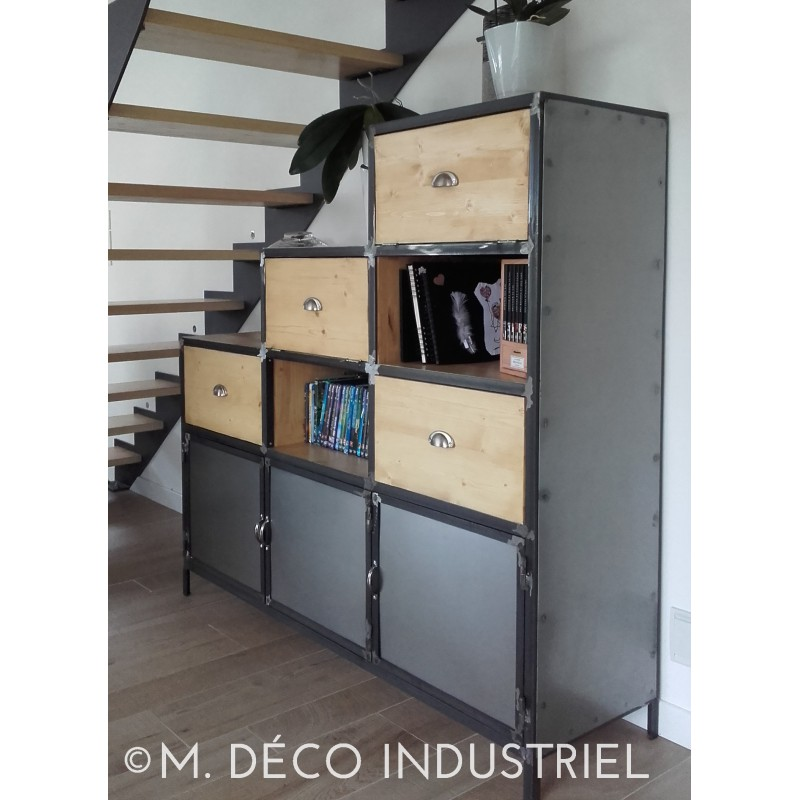 meuble industriel buffet acier m d co industriel. Black Bedroom Furniture Sets. Home Design Ideas