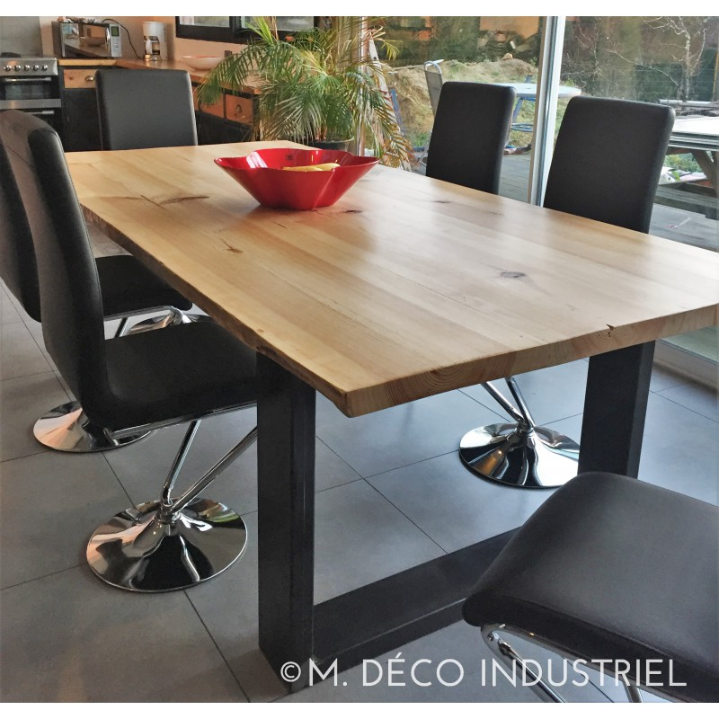 meuble industriel table de salle manger en pin massif m d co industriel. Black Bedroom Furniture Sets. Home Design Ideas