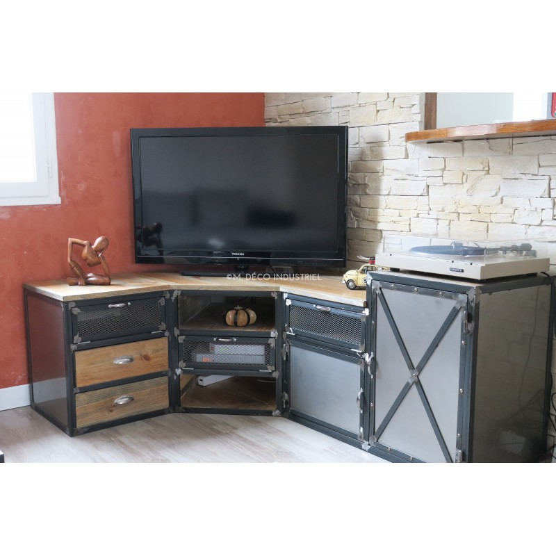 meuble tv d 39 angle industriel en acier et pin massif m d co industriel. Black Bedroom Furniture Sets. Home Design Ideas