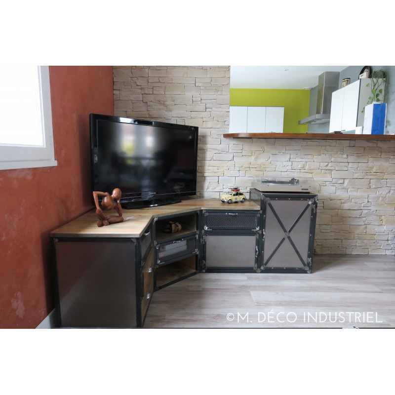 meuble tv d 39 angle industriel en acier et pin massif m. Black Bedroom Furniture Sets. Home Design Ideas