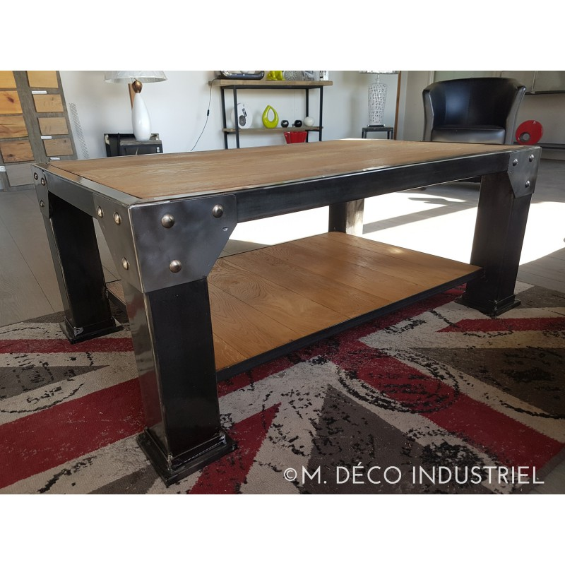 table basse industriel acier et ch ne massif m d co industriel. Black Bedroom Furniture Sets. Home Design Ideas