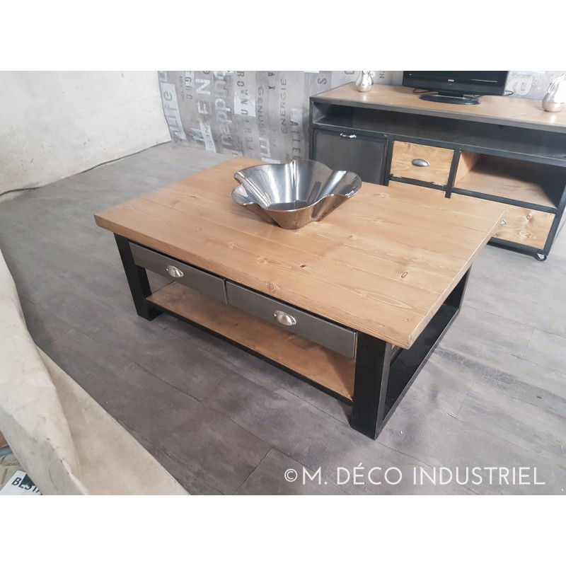 table basse industriel m tal et bois avec 4 tiroirs acier m d co industriel. Black Bedroom Furniture Sets. Home Design Ideas