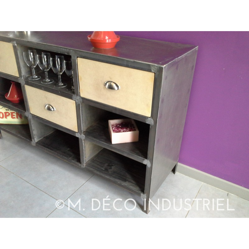 meuble bas industriel buffet vintage structure acier. Black Bedroom Furniture Sets. Home Design Ideas