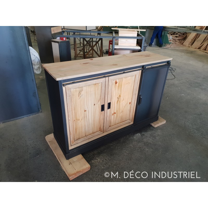 meuble industriel buffet structure en acier 1 porte coulissante acier 2 portes bois pin massif. Black Bedroom Furniture Sets. Home Design Ideas