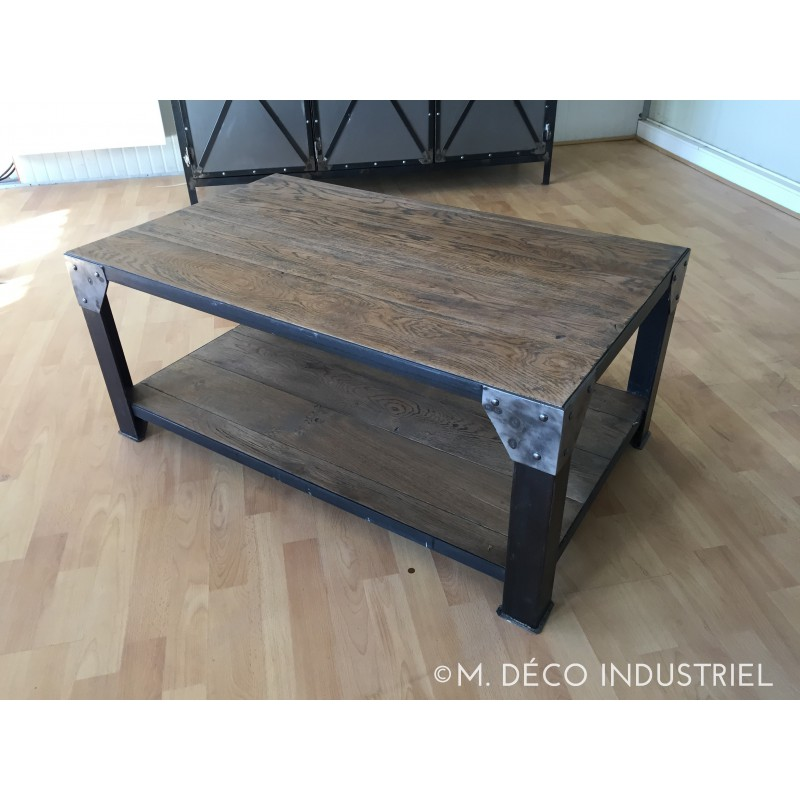 meuble industriel table basse m d co industriel. Black Bedroom Furniture Sets. Home Design Ideas