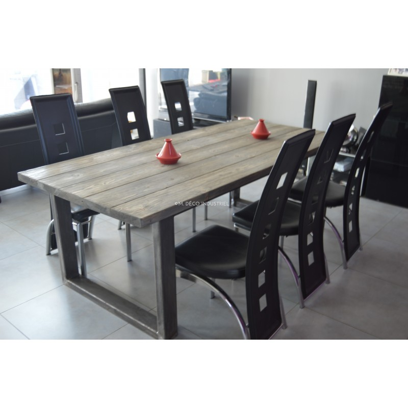 table de salle manger industriel pied acier et bois. Black Bedroom Furniture Sets. Home Design Ideas