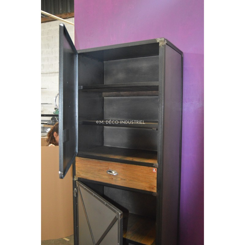 Meuble industriel buffet bonnetiere