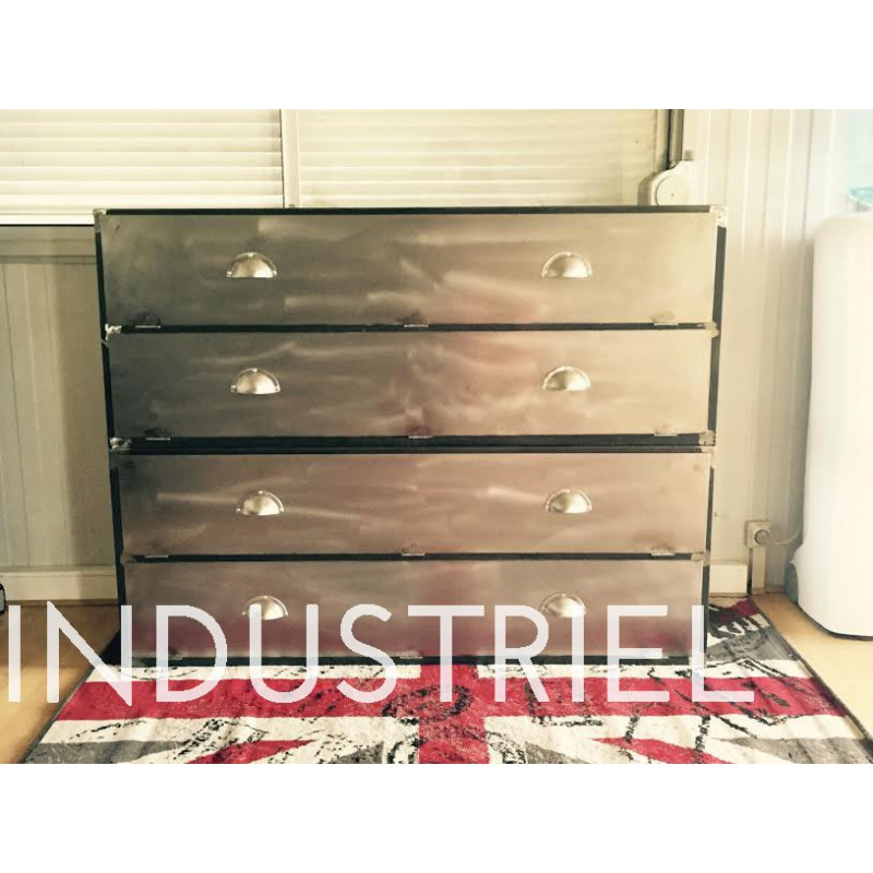 meuble industriel commode clapet m d co industriel. Black Bedroom Furniture Sets. Home Design Ideas